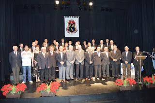 http://valledebuelnafm.com/index.php/features/features/fotos/item/11245-antiguos-alumnos-rindio-homenaje-a-los-hermanos-y-companeros-de-la-salle