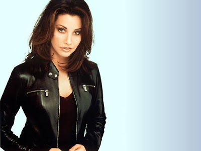Gina Gershon Cute Wallpaper