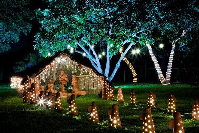 enfeites luminosos de natal para jardim : enfeites luminosos de natal para jardim:jardim-escultura-artesa-6-decoracao-de-natal-residencia-de-350-m-vira