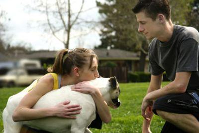 El vínculo afectivo con un perro difiere entre mujeres y hombres, así como entre parejas con y sin hijos