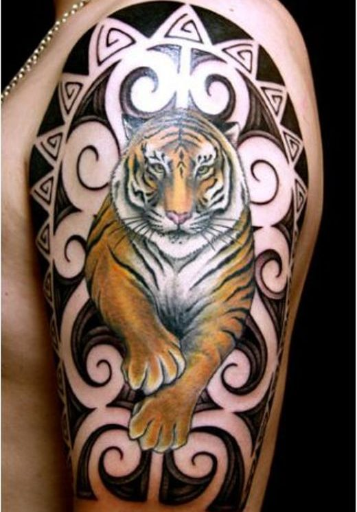 Tatuagem de tigre brao