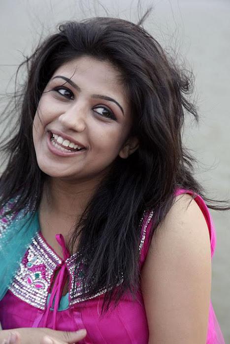 supriya sasesham actress pics