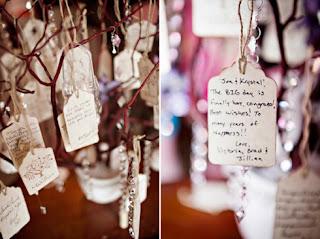 http://4.bp.blogspot.com/-3xYw-tTB2lU/UQwmhXcFsyI/AAAAAAAABgA/xh7cIVFtz44/s320/manzanita+wishing+tree+tags+messages+from+guests.jpeg
