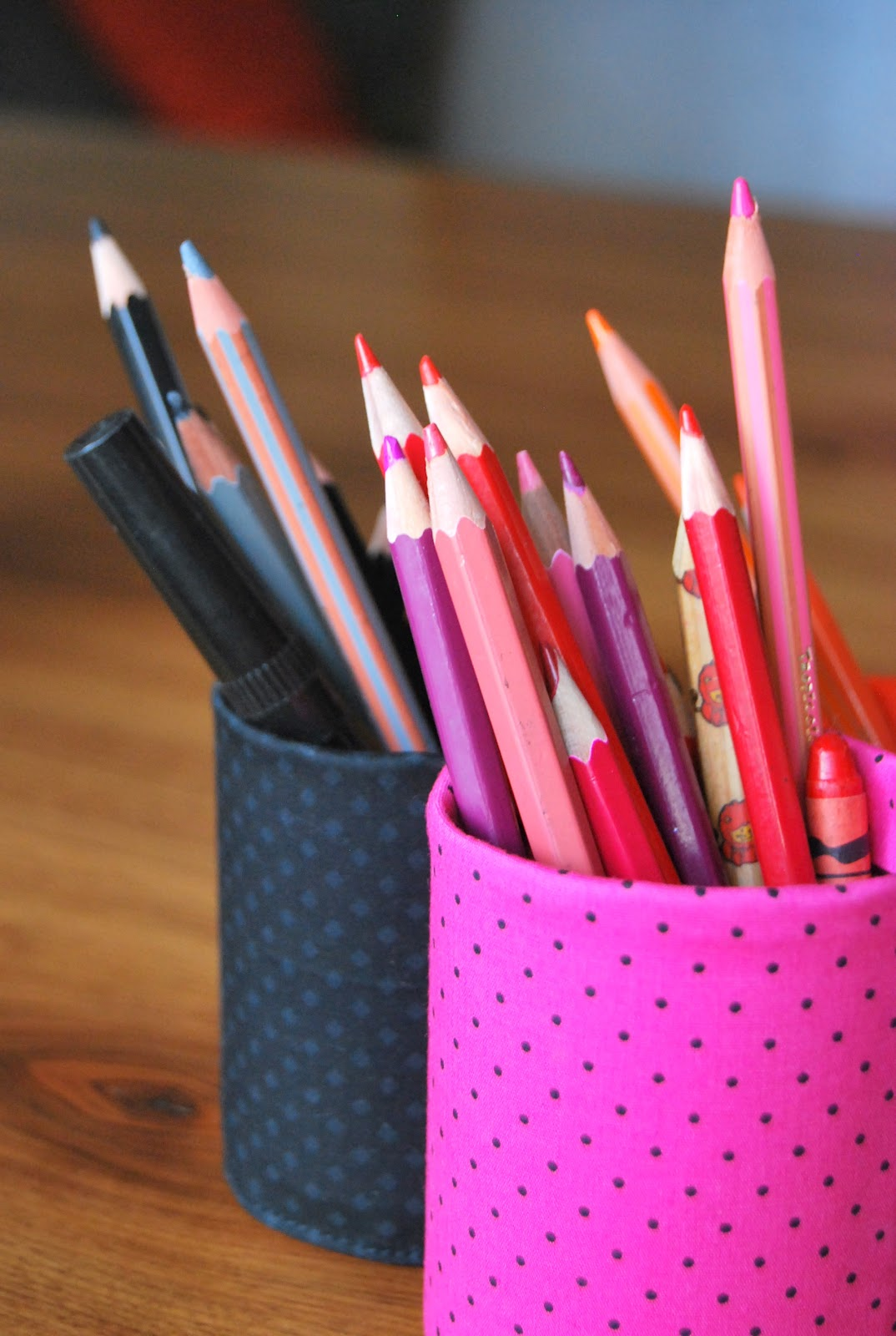 Le grand bazaar le cauchemar du crayon de couleur trop - Bricolage pot a crayon facile ...