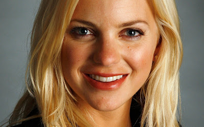 Anna Faris hd Wallpaper face off