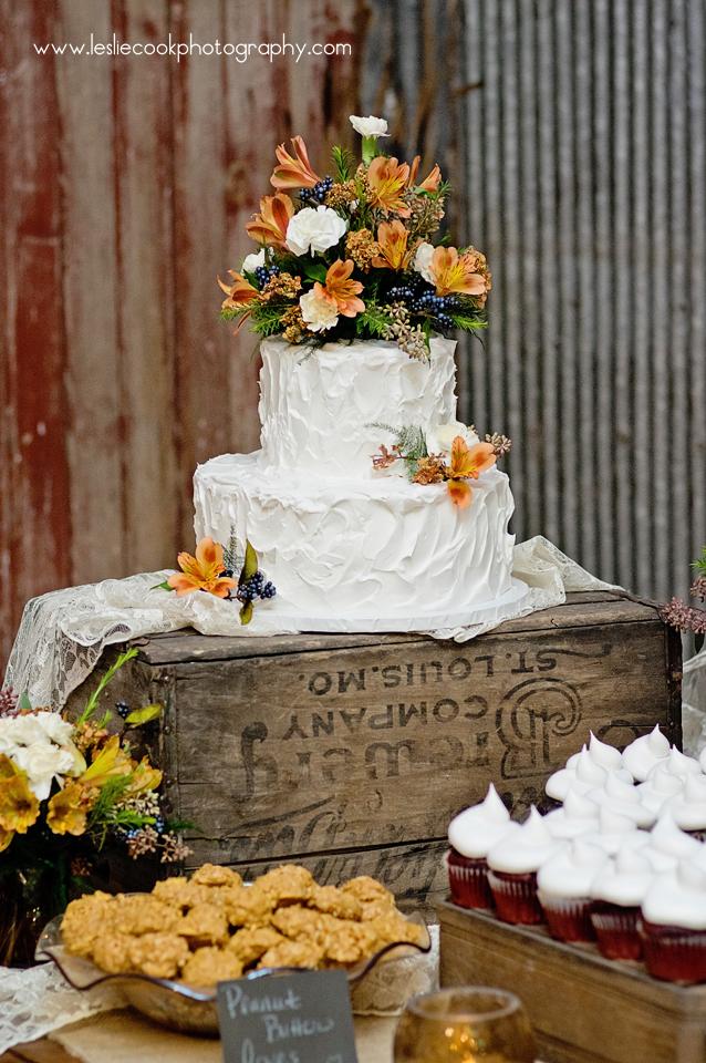 Ottumwa IA Wedding Photographer, Leslie Cook Photography
