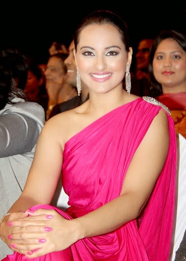sonakshi sinha sexy picture