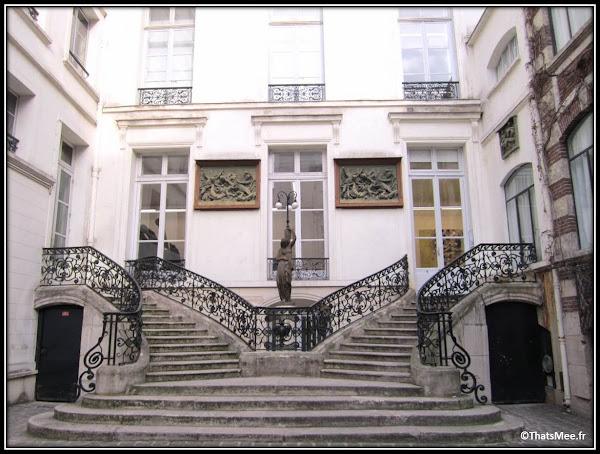 Galerie Perrotin Paris rue de Turenne cour hôtel particulier