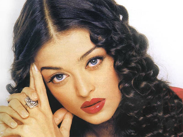 Aishwarya Rai Latest Hairstyles, Long Hairstyle 2011, Hairstyle 2011, New Long Hairstyle 2011, Celebrity Long Hairstyles 2171