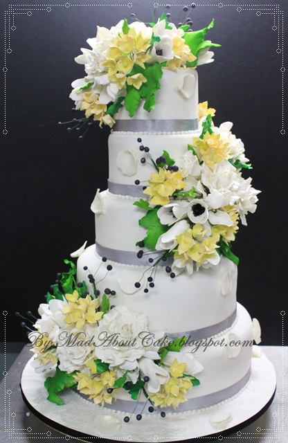 Wild Flowers 5 Tier Wedding Cake WILD FLOWERS 5 Tier