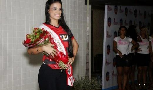 Naiane Oliveira é a musa do Vitória no baianão 2015