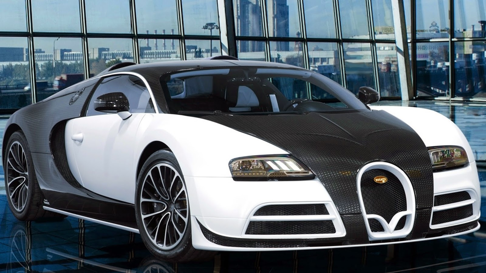 Mansory Are Adding To Their Modified Bugatti Veyron   Range With The Vivere After The Exclusive Luxury Car Specialists