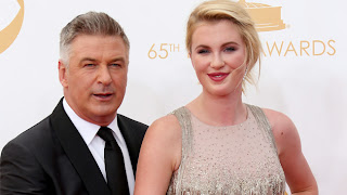 Alec and Ireland Baldwin on the red carpet (Photo: Getty)