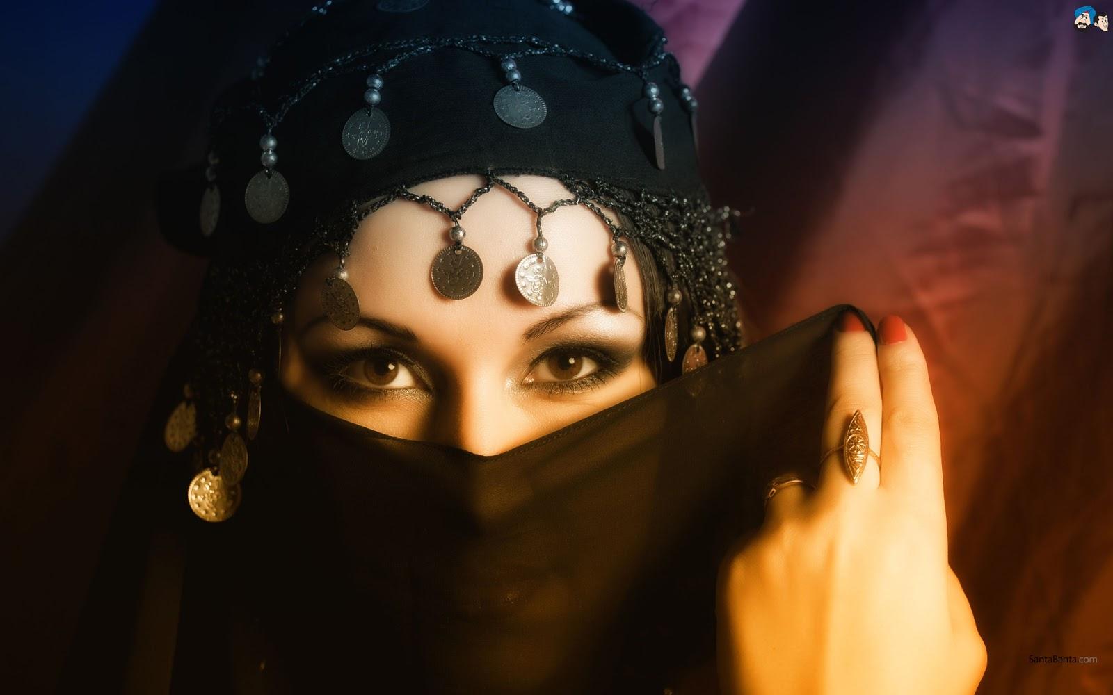 http://4.bp.blogspot.com/-3zJuoglaGc0/UT_FKkwnQbI/AAAAAAAABLI/8biSRdnBpAE/s1600/Wanita+Muslimah+Bercadar+-+Arab+Woman+In+Hijab+HD+Wallpaper+(12).jpg