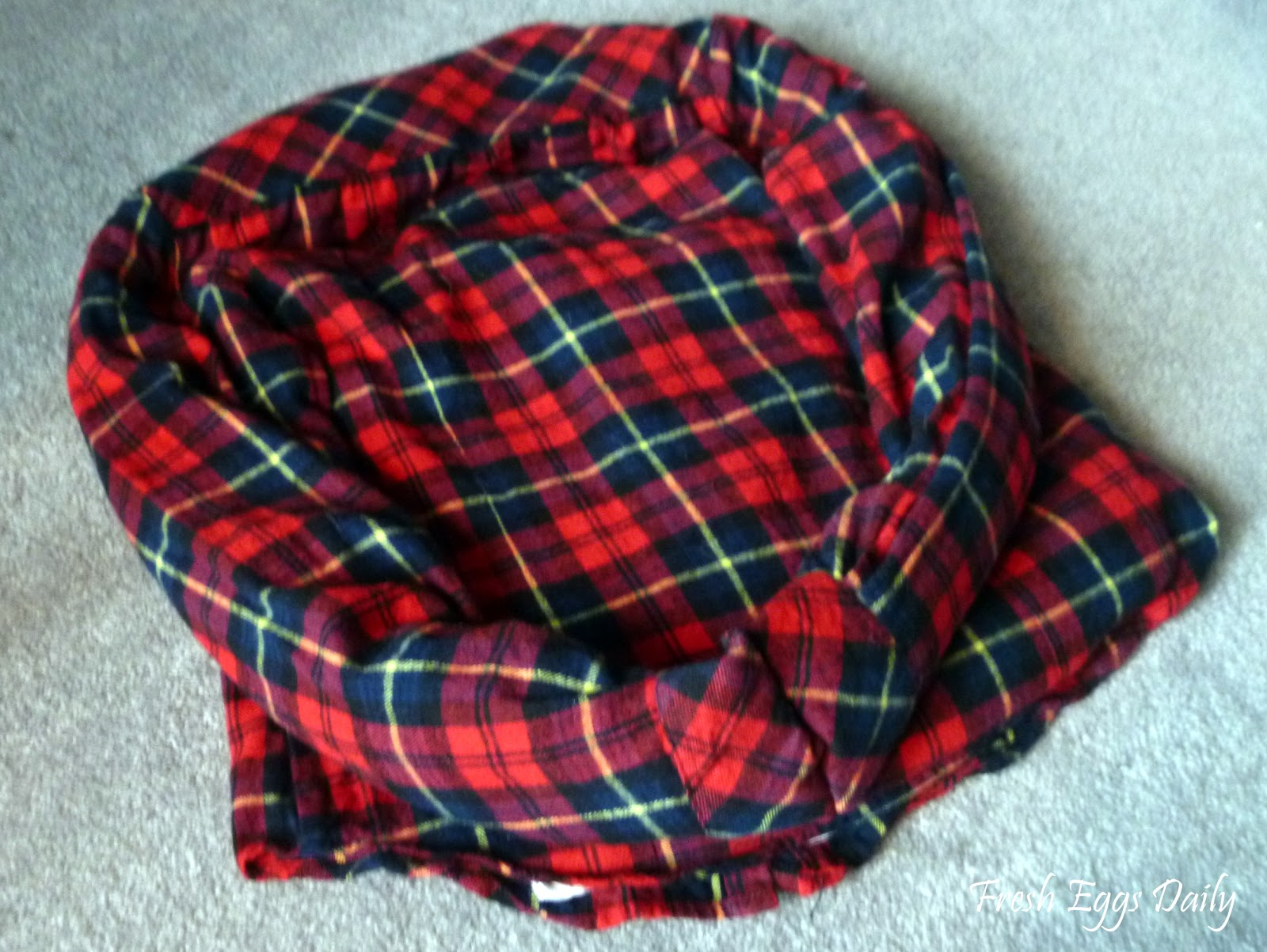 DIY Cat Bed Sewn from Re-purposed Flannel and Tee Shirts ...