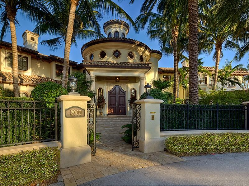 Architecture corner luxury mediterranean home florida Mediterranian homes