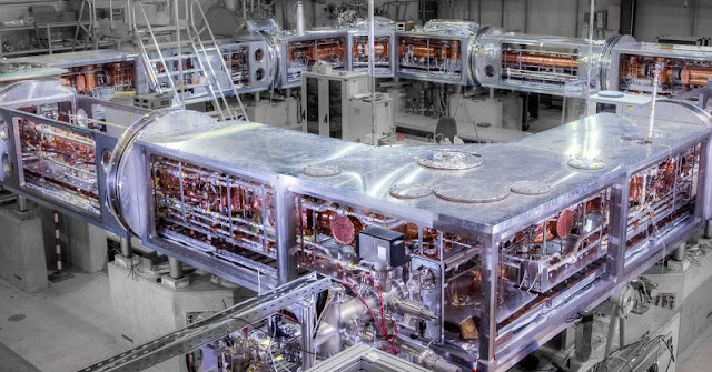 The CRS storage ring at the Max Planck Institute for Nuclear Physics shortly before cooling down: In this unique instrument, molecular ions are cooled to minus 263 degrees Celsius and sent onto a 35.4-metre long orbit at an extremely low pressure in order to investigate astrochemical processes and their quantum mechanical principles. Credit: MPI for Nuclear Physics