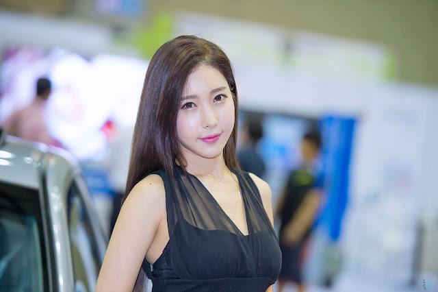 1 Im Min Young - World Consumer Electronics Show - very cute asian girl-girlcute4u.blogspot.com