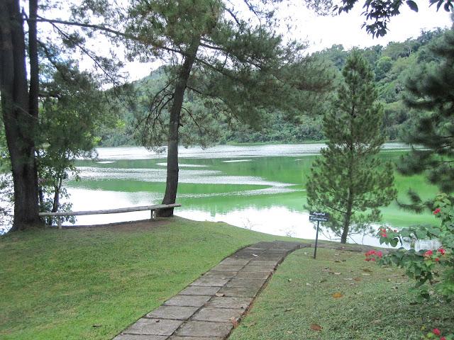 Wisata Danau Linow Tomohon