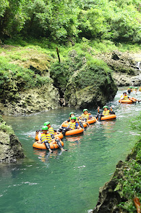 River Tubing Green Canyon