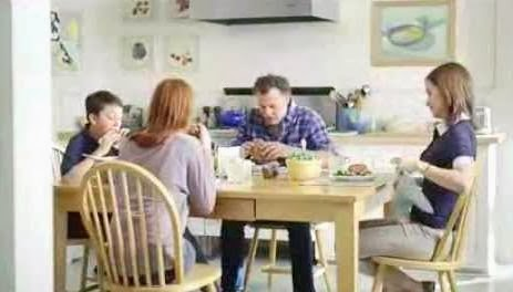 who is that actor actress in that tv commercial oscar mayer