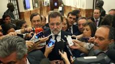 ESPAÑA: Rajoy admite que puede hacer cambios por la presión interna.