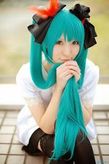 Rinami Cosplay as Vocaloid Hatsune Miku World is Mine