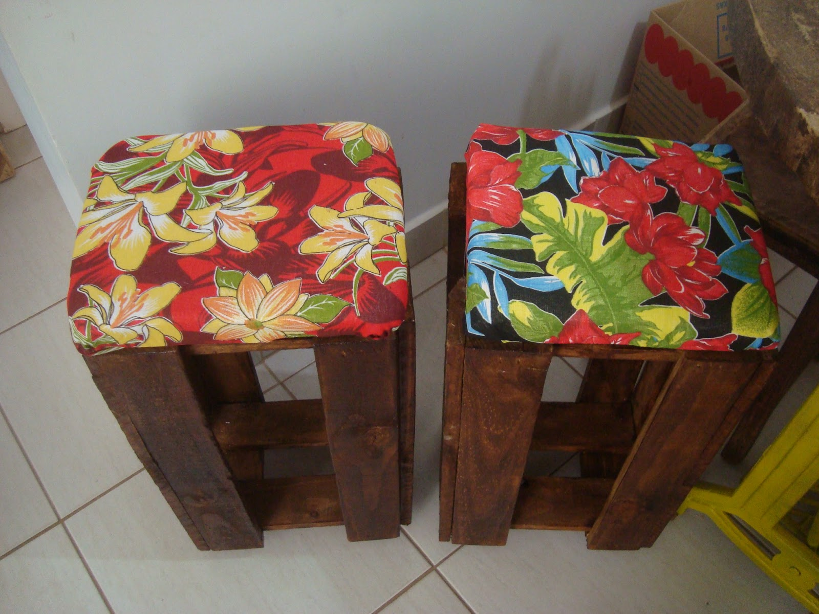 Rosa Luiza Artes e Gostosuras: Caixotes que viraram bancos estilosos  #9F2C2C 1600x1200