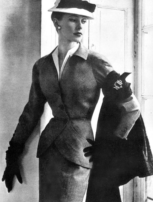 1951 Christian Dior Suit #vintage #suit #womens #fashion #50s