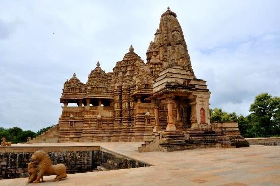Trip To Central India: Kandariya mahadeva temple, Khajuraho Kandariya Mahadeva Temple Inside