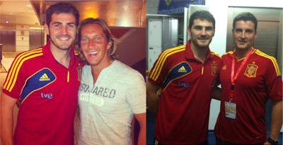Iker Casillas posa con Salgado y Cal durante su estancia en Vigo