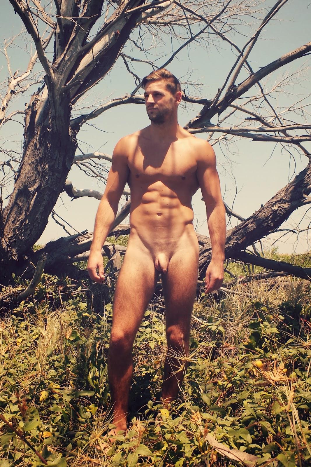 Nude pic australian