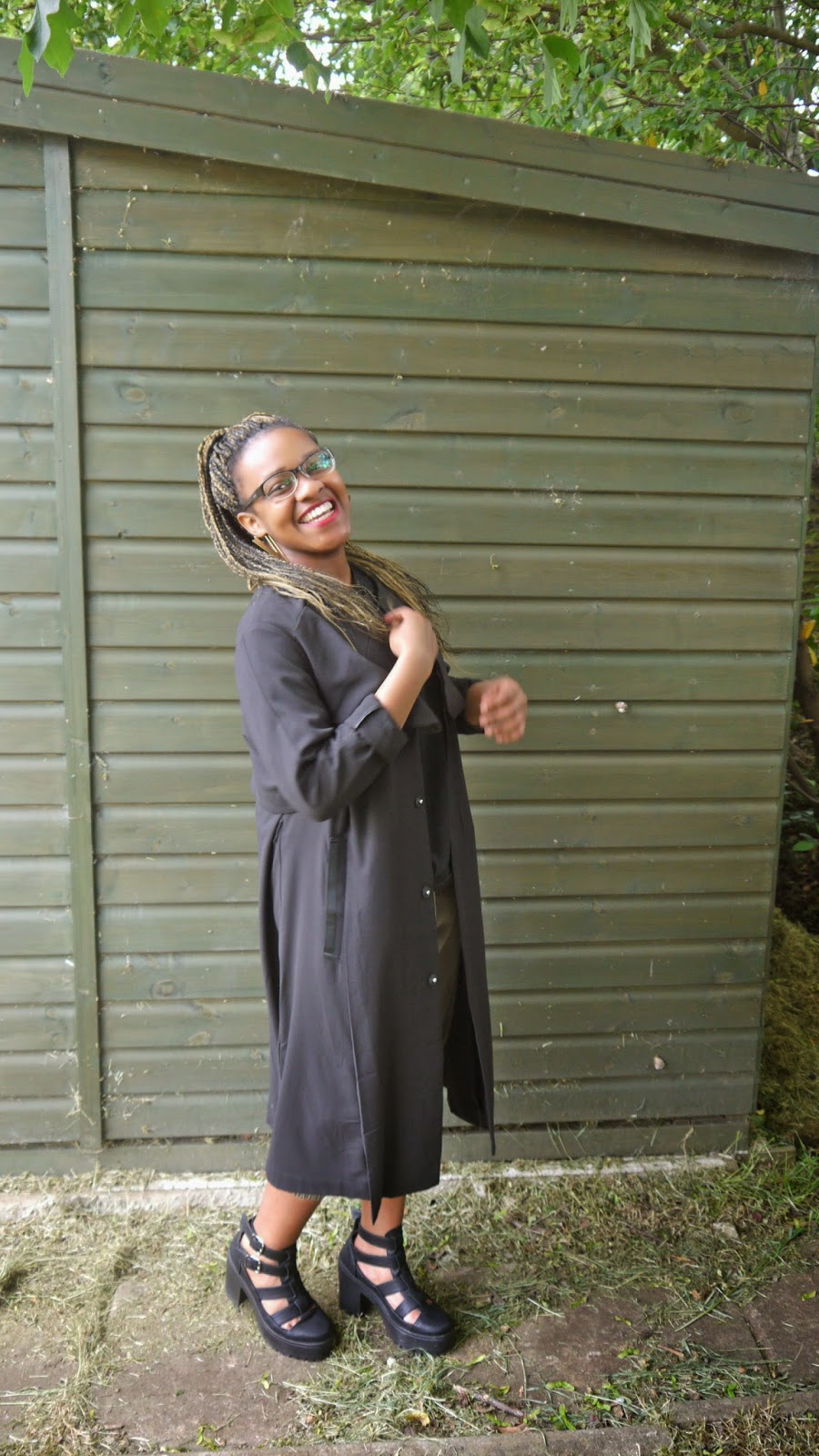 H&M Trench Duster Black Coat ASOS Massive T-Shirt Topshop Arcade Mega Cut Out Boots
