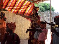 Dançando a cançao Muluko Torera Yap