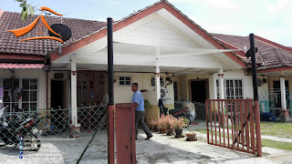 Our client have requested for Car Porch Tension Canvas Shade using Nylon Canvas for the size of 10' x 14'. This was in a house at Puncak Alam. Normally for this kind of Car Porch Tension Canvas Shade the size won't be the same and we will required to take the measurement before we can proceed with the project.