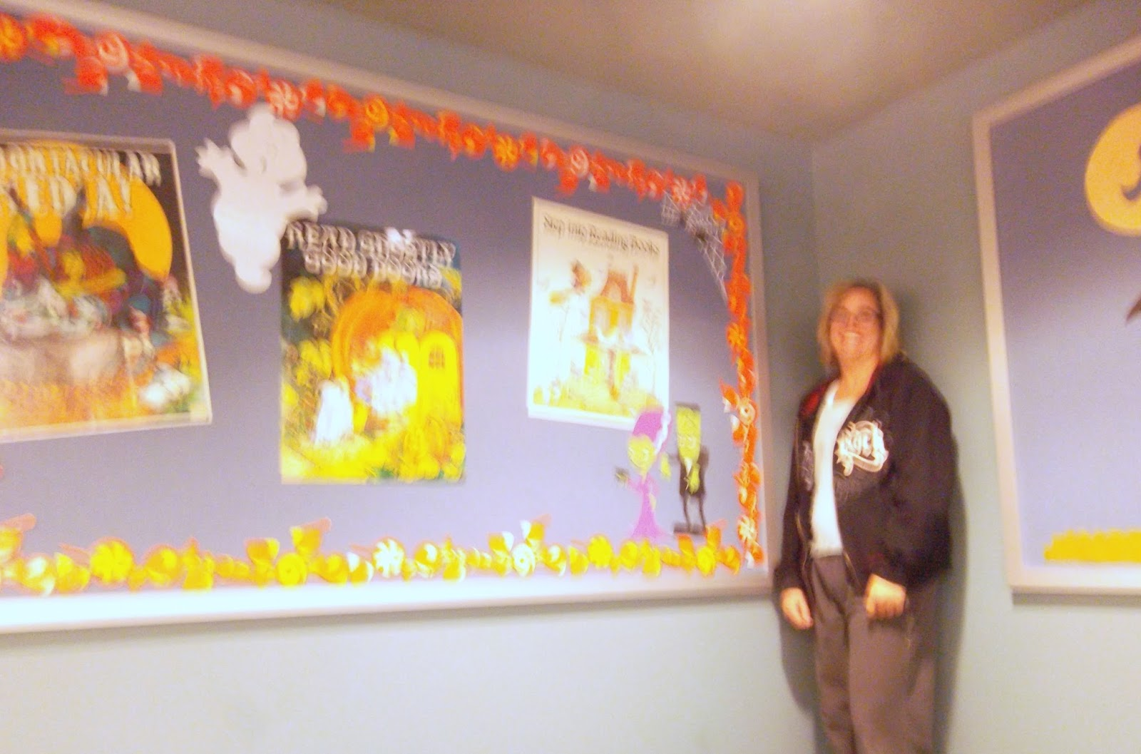 CynthiaParkhill: Halloween bulletin boards in Bellview library