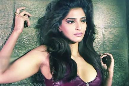 Lovely Sonam Kapoor hot photos