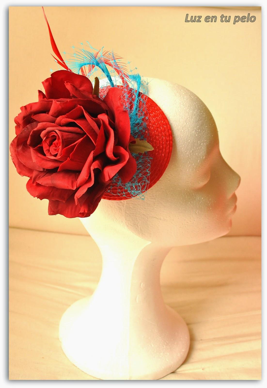 tocados baratos, tocados para bodas, tocados económicos, tocados con flores, tocados con rosa, tul, plumas