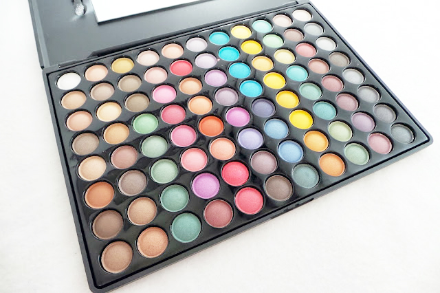 Review Tmart 88 Shade Matte & Pearlescent Eyeshadow Palette