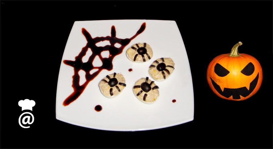 Recetas Halloween Huevos rellenos de arañas