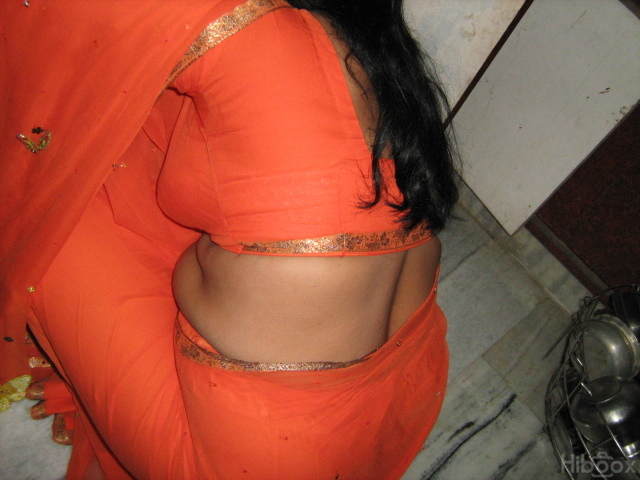 Mallu Actress Urvasi IN blouse and hot mallu actress in blouse