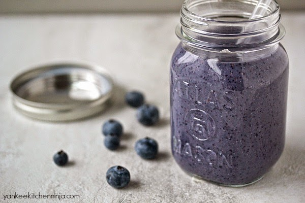 blueberry and banana quinoa protein smoothie
