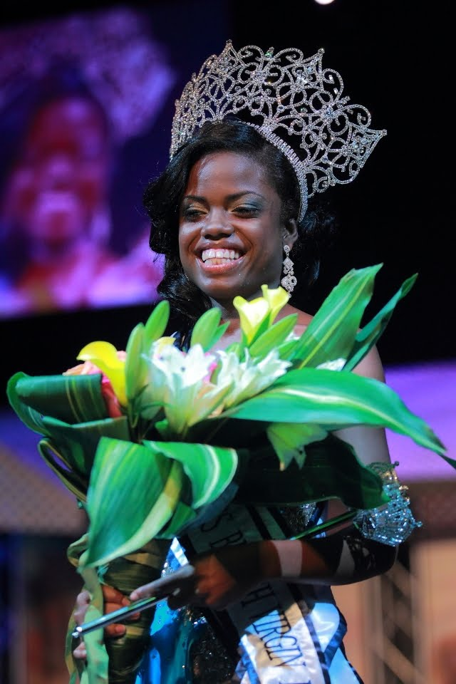 Sharie de Castro crowned as Miss British Virgin Islands 2012-2013