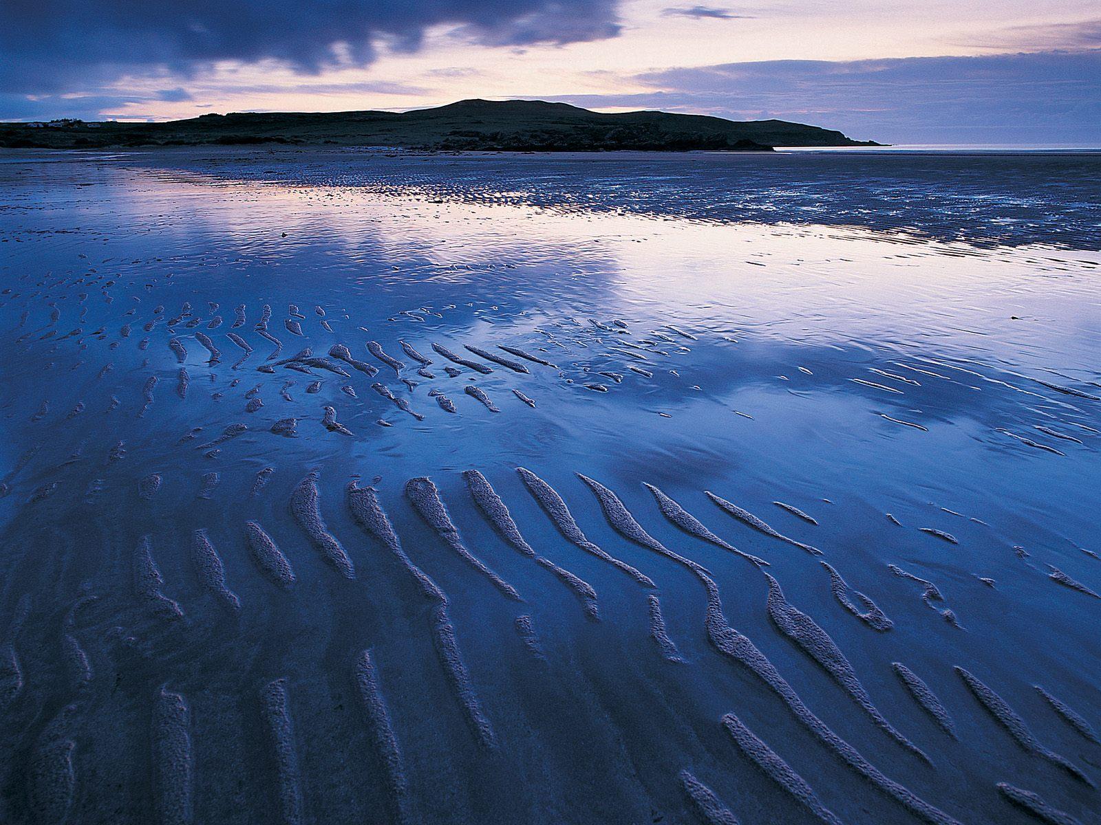 http://4.bp.blogspot.com/-42KthyfxyYo/T0aH8D8l73I/AAAAAAAADTg/tP9CH3VpFJg/s1600/Achnahaird_Beach_Scotland.jpg