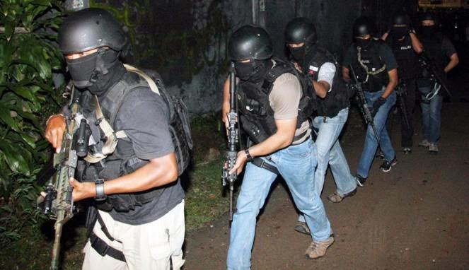 Teroris Buronan Densus 88 Tebar Ancaman Baru
