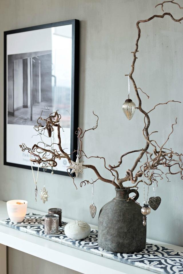 Blanco gris y suaves toques de navidad desde my ventana - Arboles secos para decoracion ...