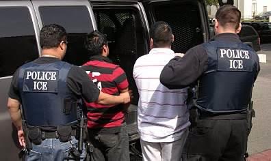 Dos personas murieron a balazos y una resultó herida en una oficina del Servicio de Inmigración y Control de Aduanas de Estados Unidos