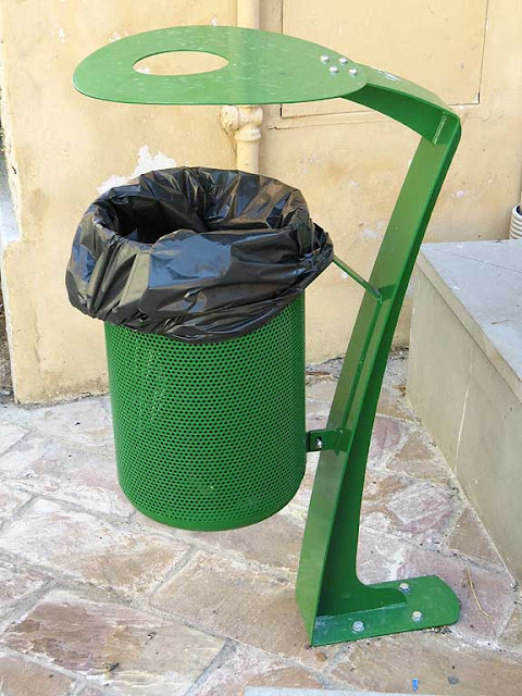 New green garbage bin, Livorno