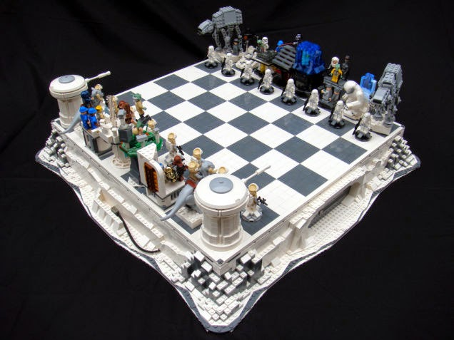 Awesome and Coolest Chess Sets (15) 7