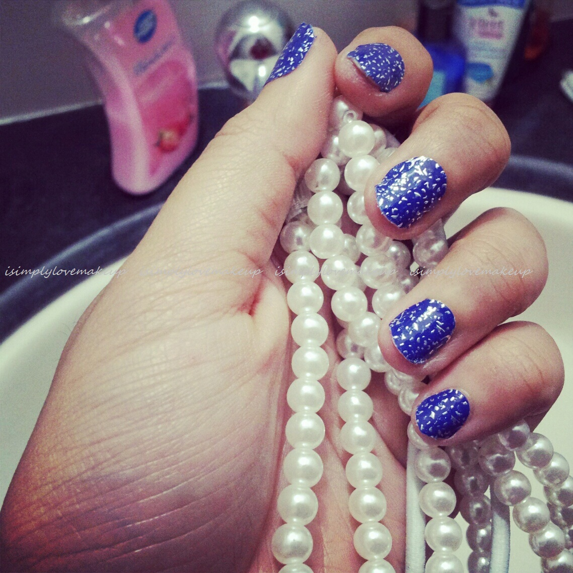 Get FashioNAILable With L\'Oreal Paris Le Nail Art Stickers
